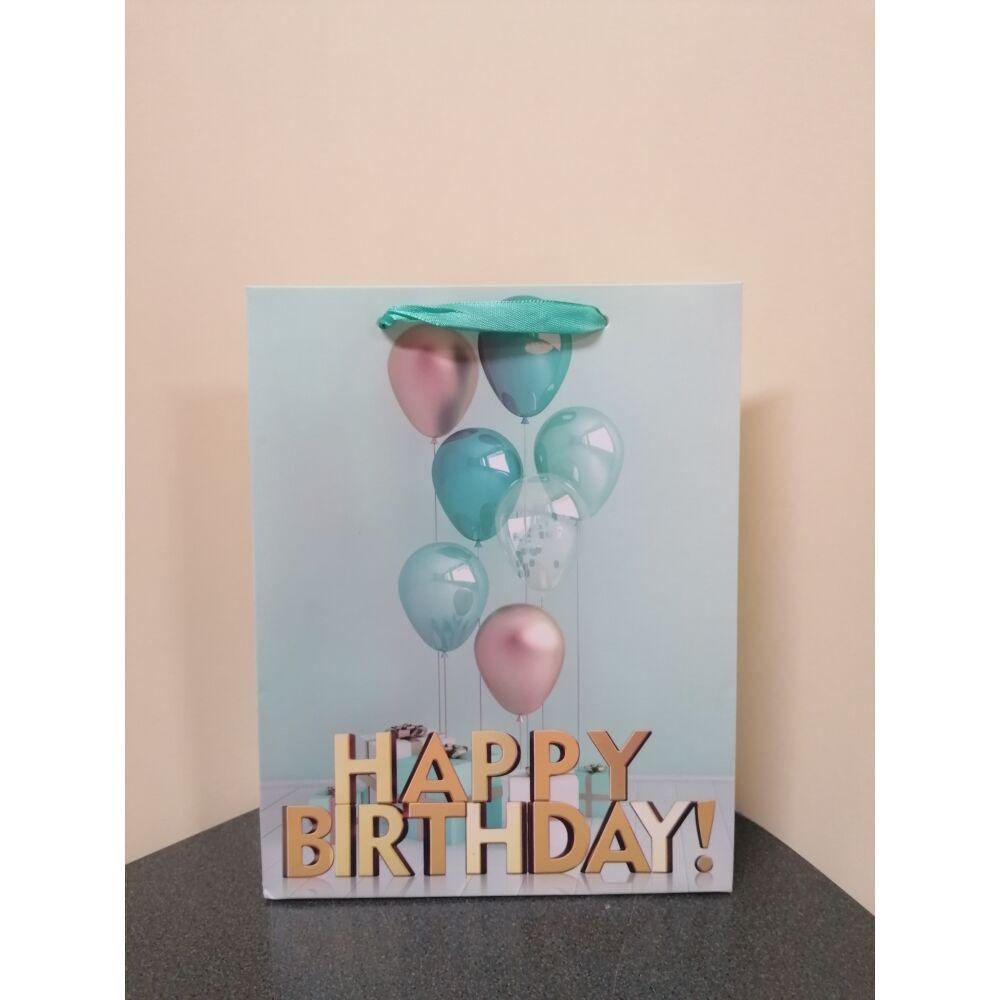 Dísztasak születésnapra közepes méretű 23x18x7,5 cm