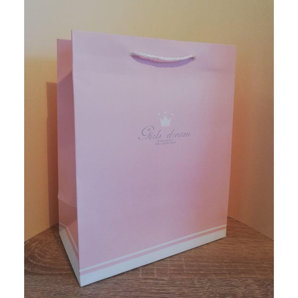 Pasztell rózsaszín