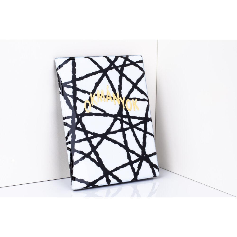 11013-8 Fekete-Fehér Csíkos Design