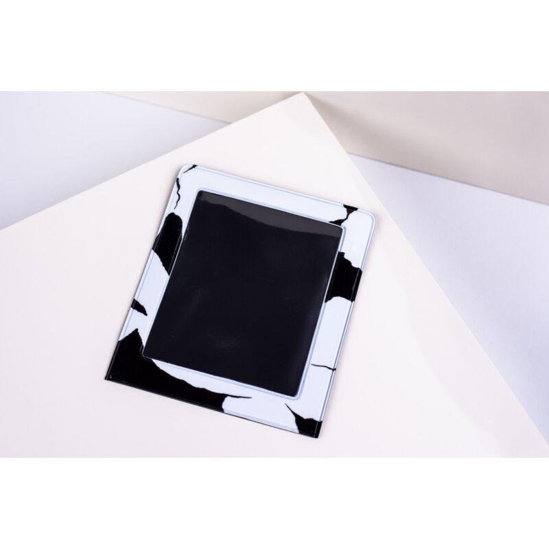 11016-10 Fehér fekete Design